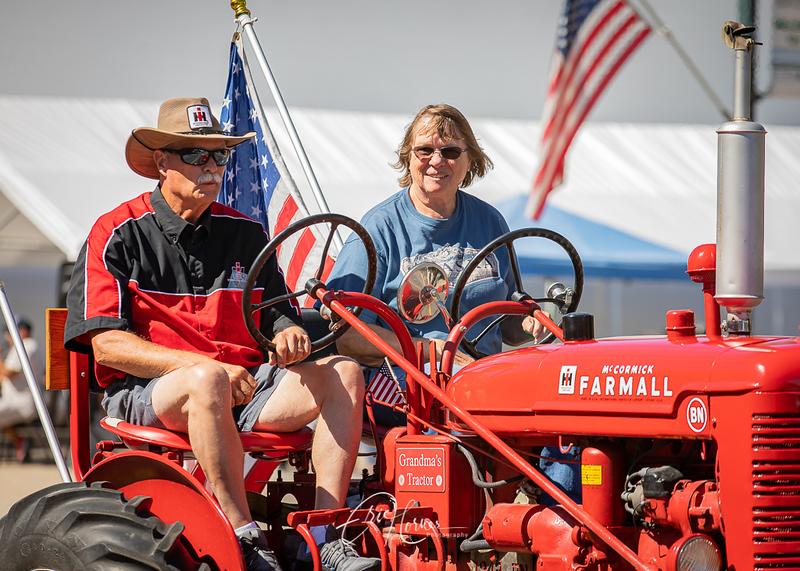Tractors2021-19