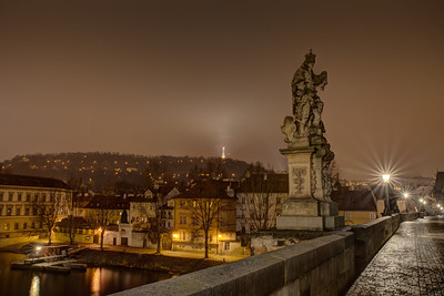 The next bunch of pics were taken just before sunrise... Charles bridge mostly