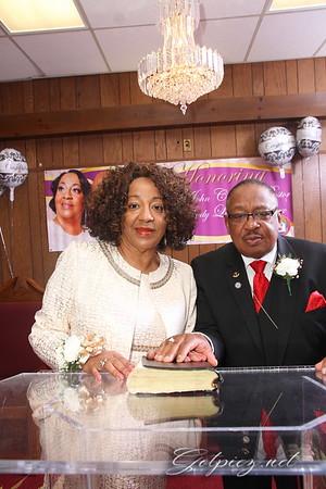 Praise Temple Honors Bishop John Craddox & First Lady Linda Craddox