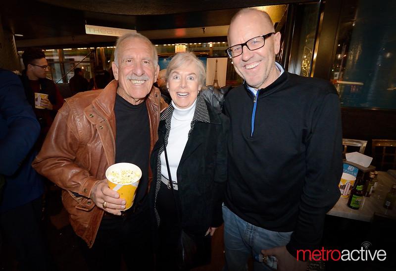 Mercury News Columnist Leigh Weimers widow Geri (center)