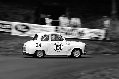 Prescott Speed Hill Climb 2016 La Vie en Bleu - 1957 Austin A35 Anthony Lucas