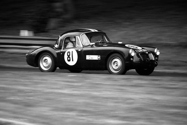 1957 MGA - Martin Wollacott  - Prescott Speed Hillclimb - La vie en blue 2018