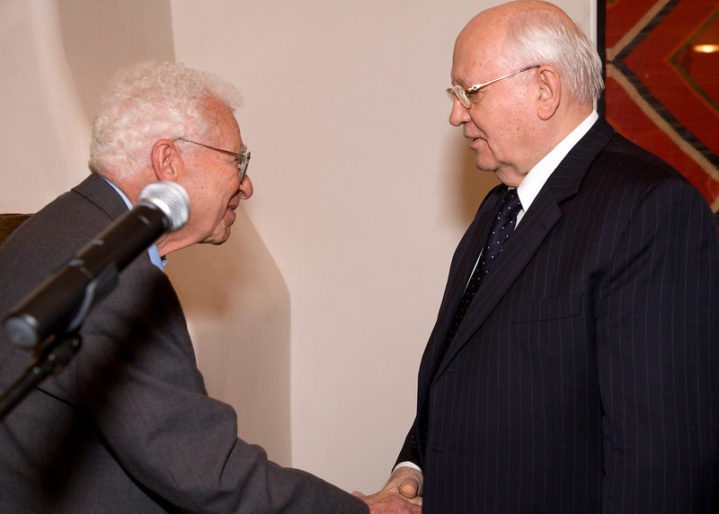 Nobel Laureate Dr. Murray Gell-Mann of the Santa Fe Institute, Nobel Laureate President Mikhail Gorbachev