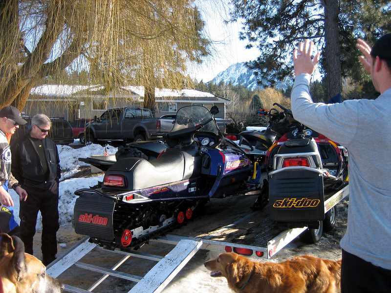 Five snowmobiles just don't fit on a four snowmobile trailer