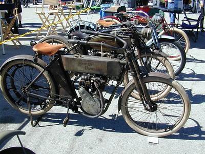 prettu bikes at alices 004