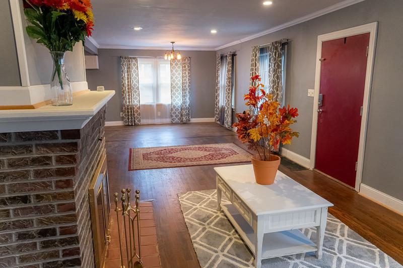 Real Estate 1437-00027-HDR
