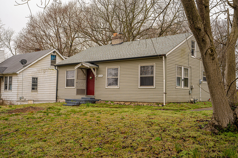 Real Estate 1437-00104