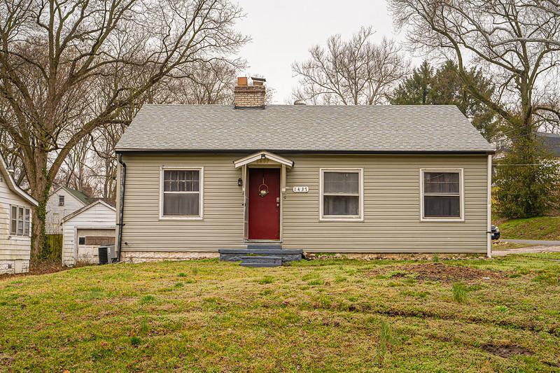 Real Estate 1437-00102