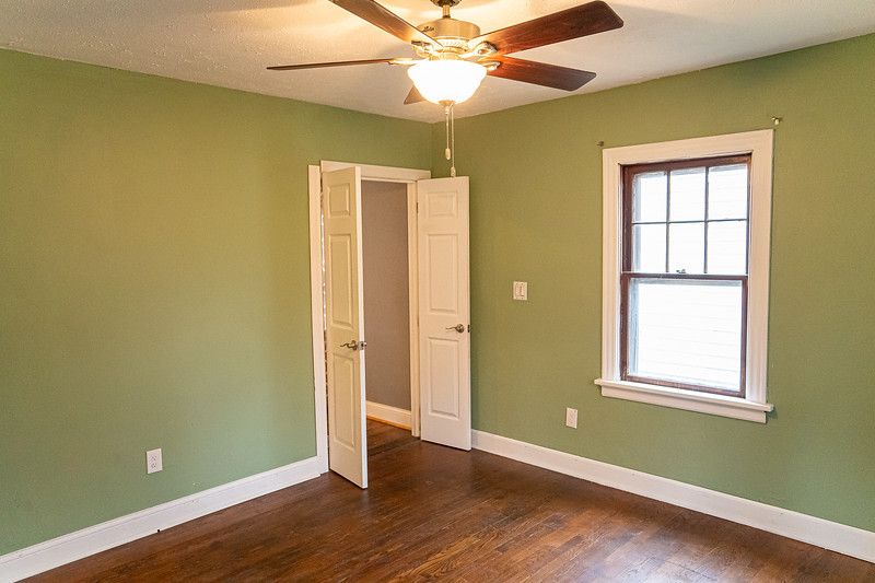 Real Estate 1437-00089-HDR