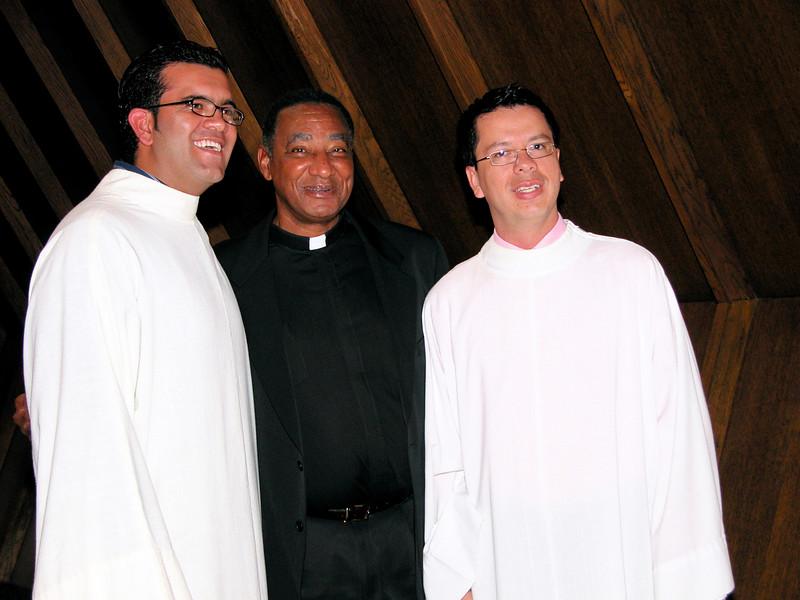 Fr. Paul Grizzelle Reid (middle) with SCJ candidates Juan Carlos Casteñeda and Luis Fernando Orozco Cardona.
