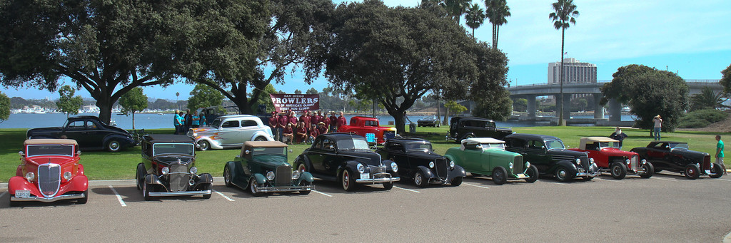 Club group and cars 412 300-2848