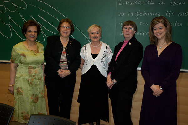 03-07-10 International Women's Day / Journée mondiale de la femme