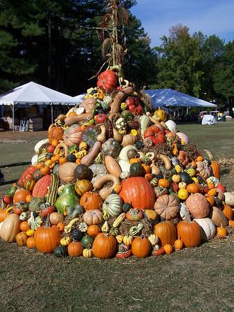 Pumpkin Pyramid 2010