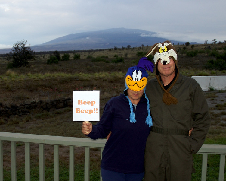 Roadrunner (Wanda) & Wylie Coyote (John) enjoy a pre-party with a Mauna Kea view.