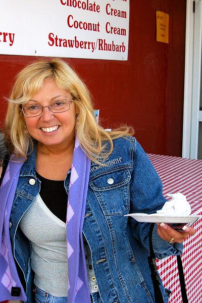 Diane eating her pie!