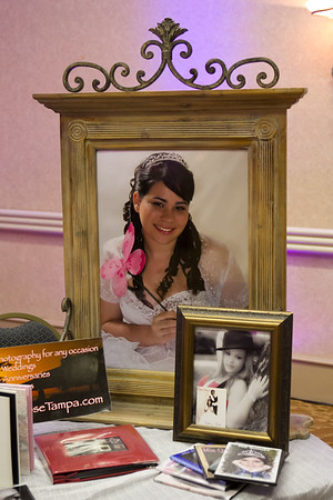 022-0202-QUINCE SHOW