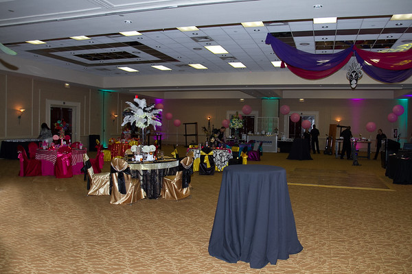 033-0214-QUINCE SHOW