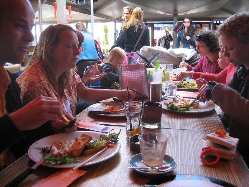"""Lunch at """"Binnen"""" on the boulavard in Scheveningen"""