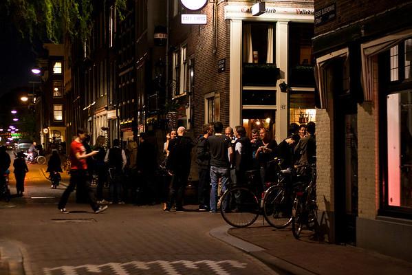 Queen's Night Eerstebloemdwarstraat