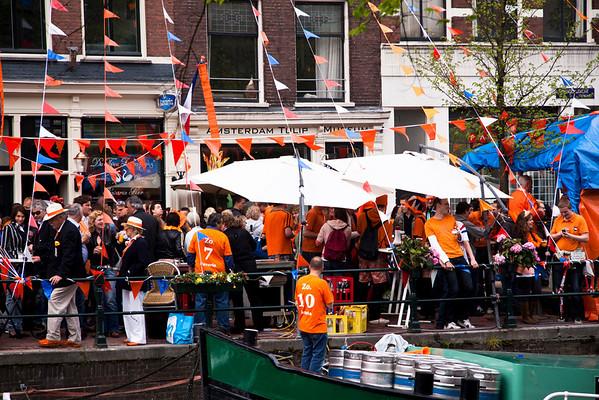 Queen's Day on Prinsengracht