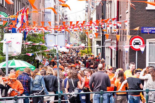 Queen's Day on Eglantiersdwarstraat