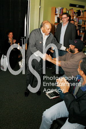"""Quincy Jones @ Borders Bookstore in Westwood, Los Angeles, CA for conversation with Goeff Boucher of LA Times and book signing for his new book """"The Complete Quincy Jones: My Journey & Passions""""."""