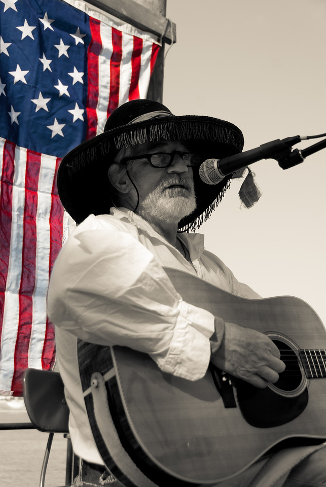 Don Clare performing at the Rabbit Hash Steamboat Bicentennial Celebration.