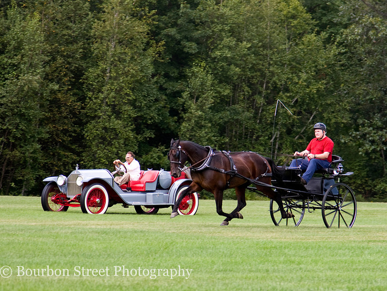 1914 Stutz Bearcat vs. Horse and Cart