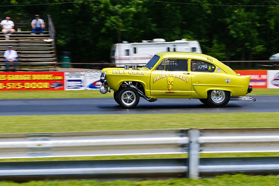 Vintage racing at the 2011 Gasser Reunion in Beaver Springs, PA (Hairy Canary)