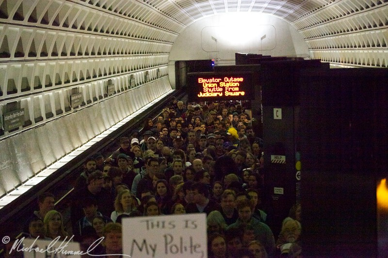 The queue getting out of the metro on our way to the rally