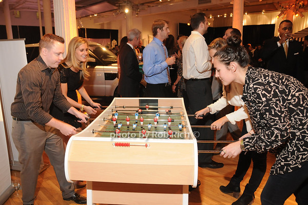 Dazadi.com foosball tables