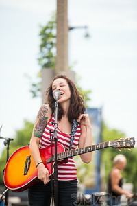 RebeccaGreynotes-Bastille_2014-07-11-37