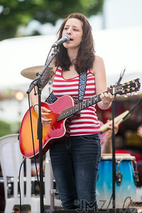 RebeccaGreynotes-Bastille_2014-07-11-82