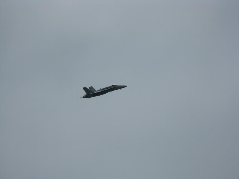 F-16 high speed pass.