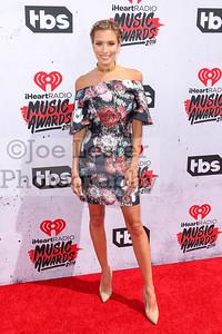 iHeartRadio Music Awards 4-3-16