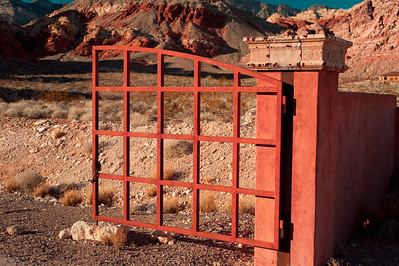 Photographs of Red Rock Canyon and mountains in Northwest Las Vegas, Nevada, where Charleston Blvd. ends and becomes Red Rock Park. This particular area is known as Calico Basin.