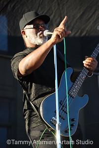 Joe Lewis Walker's bassist Henry Oden