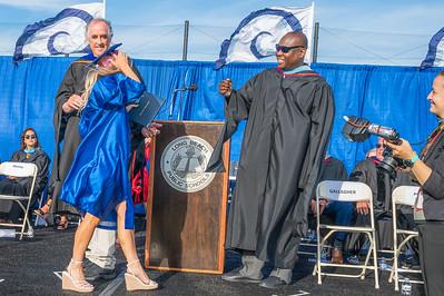 20210625-LBHS Graduation 2021Z62_2219