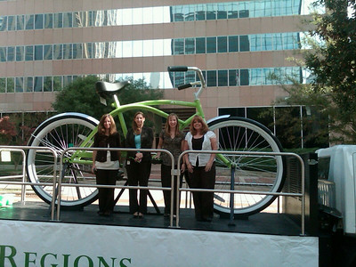 2010 Bike Tour - Kim, Kelly, Jeni & Paula.