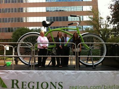 2010 Bike Tour - Big Bike - Denise, Mary Anne, Kelly, Mike & Kim.