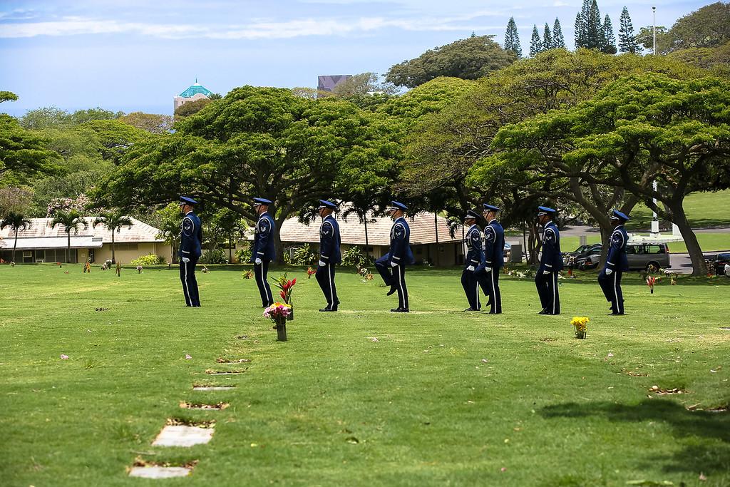 5712-Nishizuka_Reid_Punchbowl_Cemetery