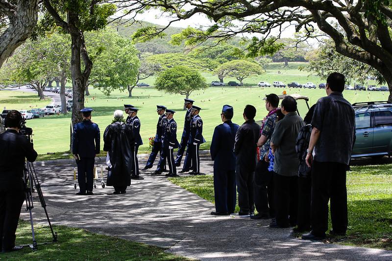 5755-Nishizuka_Reid_Punchbowl_Cemetery