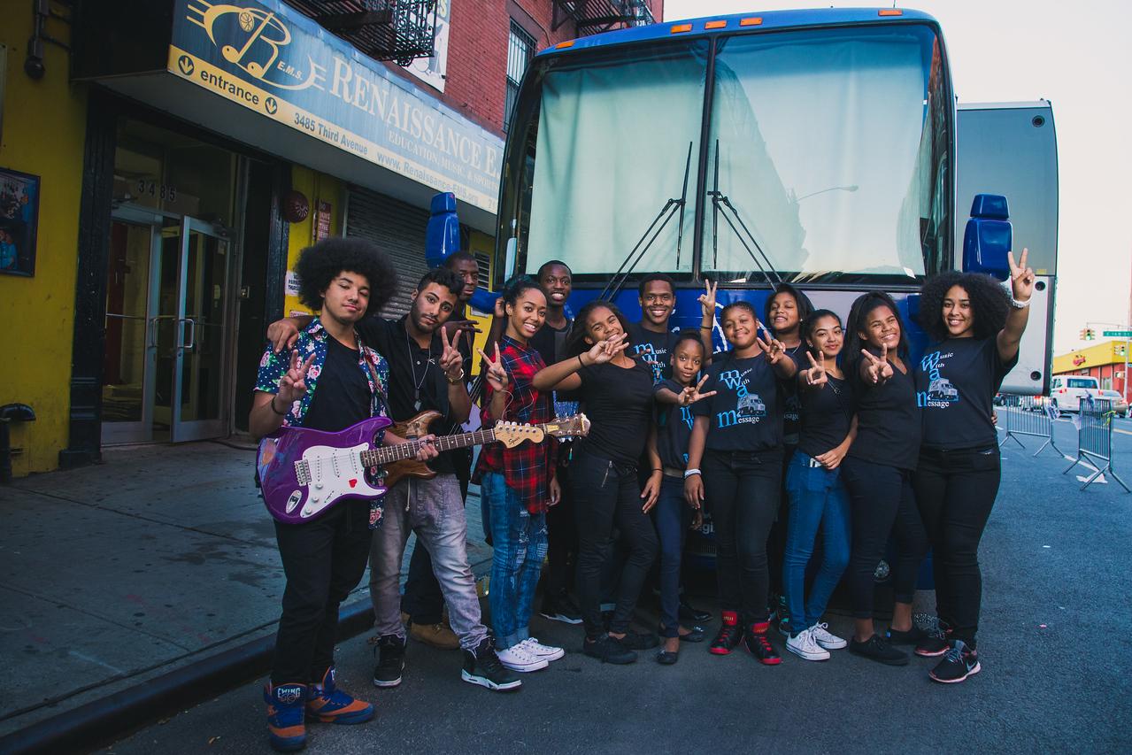 2015_09_17, Berklee City Music Network, Bronx, NY, NYResidency, Renaissance Youth Center, Outside, Bus