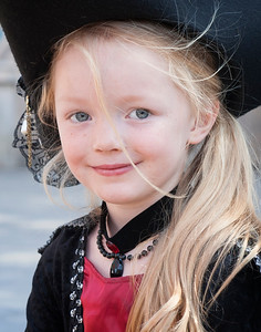 Little Pirate Girl Cropped