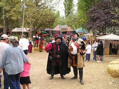 Renaissance Pleasure Faire, Hollister 2006: Everyone's glad to pose when tourists whip out their soul-stealers.