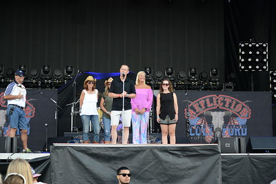 Ribfest 2017 - Naperville, Illinois - Check Presentations