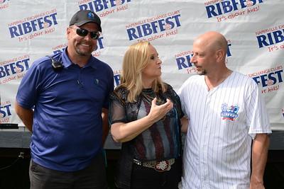 Ribfest 2018 - Naperville, Illinois - Meet and Greet with Melissa Etheridge