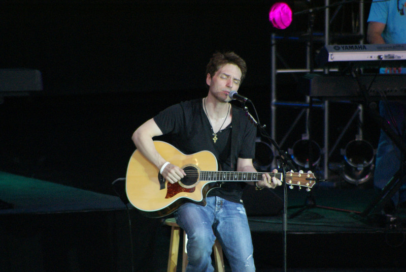 Captures from the Richard Marx concert at the Sandy Amphitheater.  He put on a good concert with good audio production and really good audience involvement.