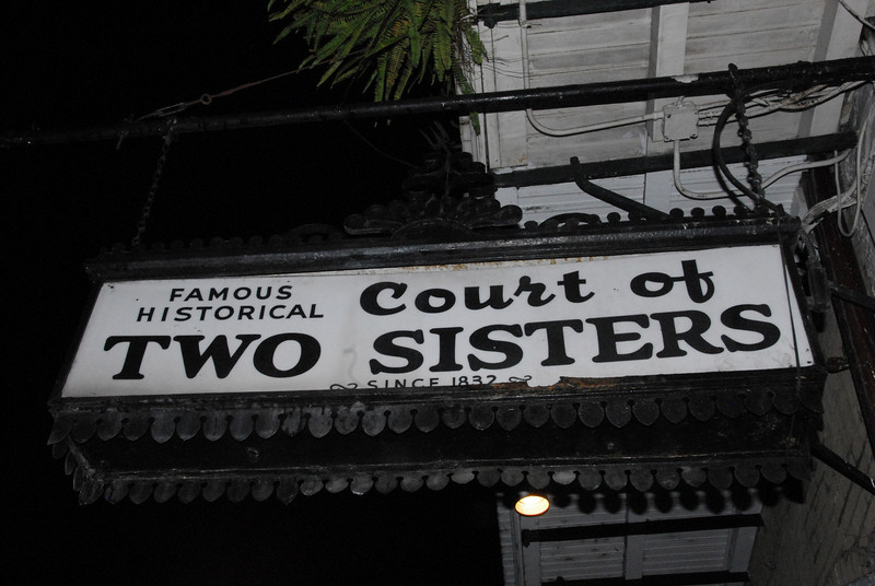 French Quarter - Two Sisters