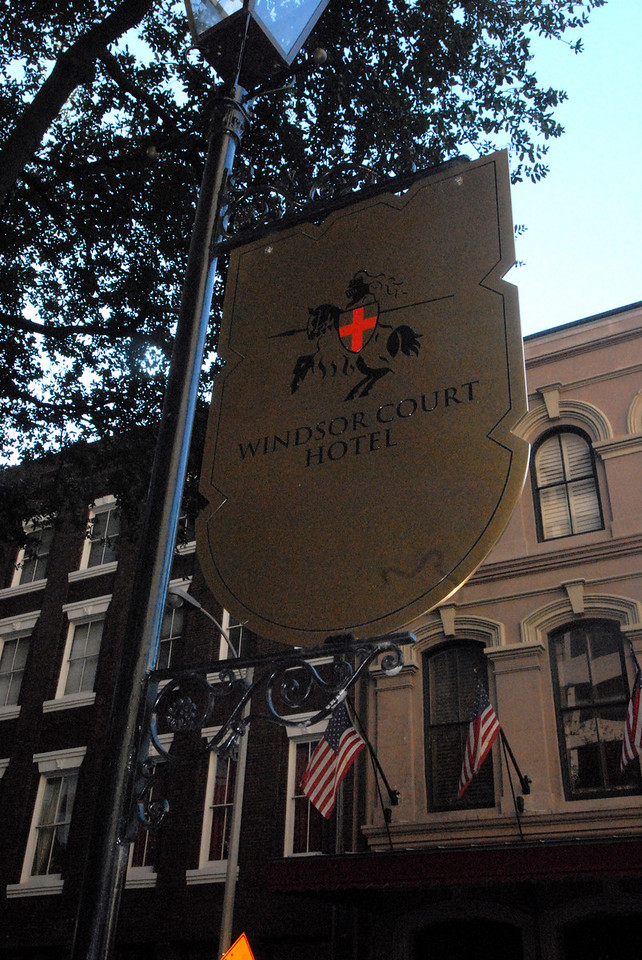 New Orleans - Windsor Court Hotel sign